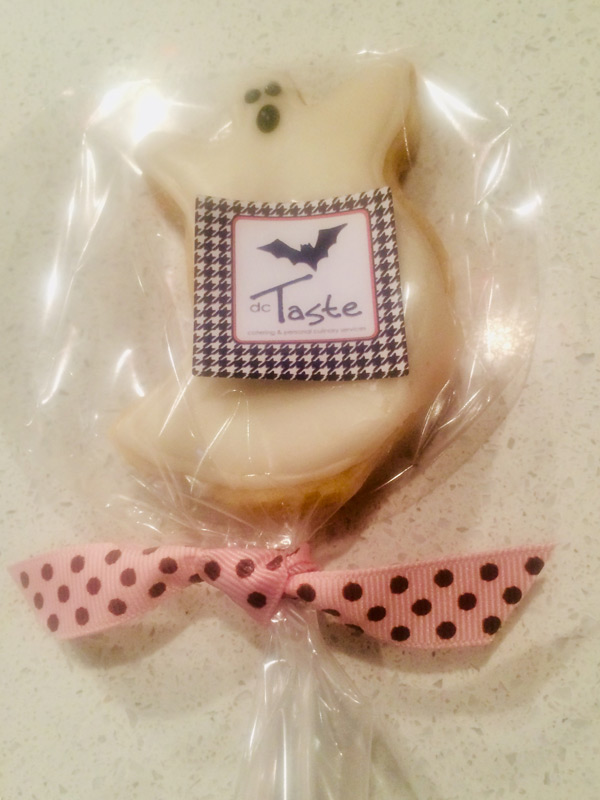 custom themed cookies